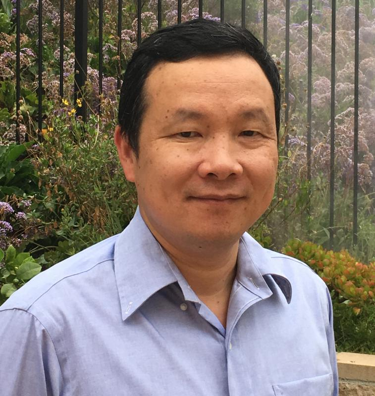 Photo of Professor Huilin Zhou